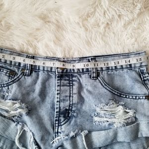 One Teaspoon Shorts - One Teaspoon Bandits Distressed Angled Shorts,28